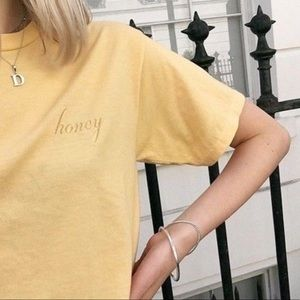BRANDY MELVILLE HONEY CROPPED YELLOW TOP